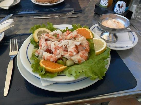 Passaro Azul: Shrimp salad