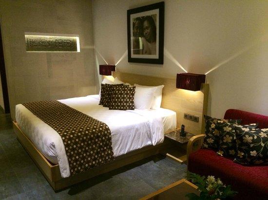 Kejora Suites: Signature Suite bed