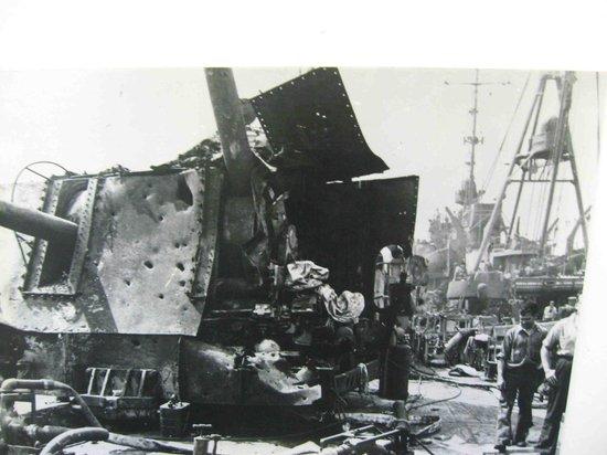 Patriots Point Naval & Maritime Museum: Battle damage, Laffey