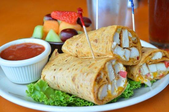Midtown Cafe & Dessertery: Chicken Fajita Wrap