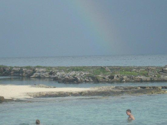 Catalonia Riviera Maya : Rainbow after the rain