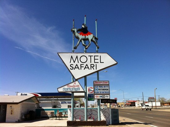 Motel Safari: Iconic Route 66 Sign