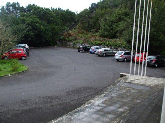 Parque Cultural La Zarza : Museum parking lot