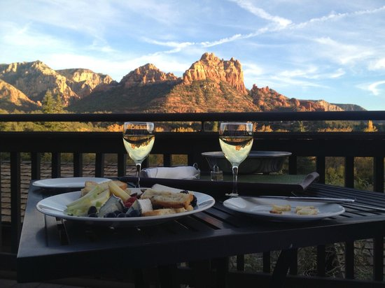 L'Auberge de Sedona: View from Suite 96 w/ cheese platter ordered up to our suite for wine hour watching the sunset!