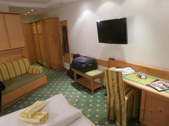 Auenhof Familien & Vitalhotel: Standard double room