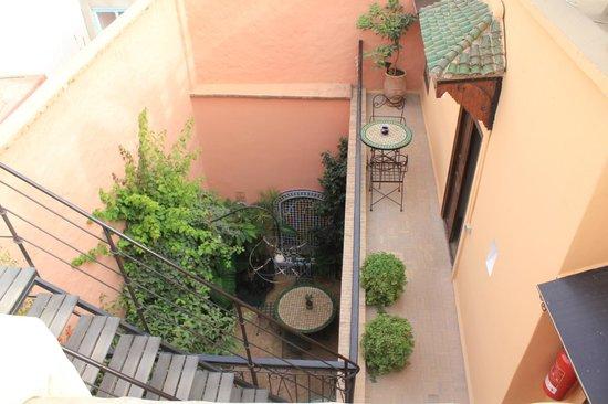 Riad Maia: balcony of our room / inside courtyard