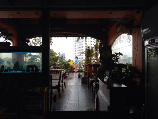 Duc Vuong Hotel: Ресторан