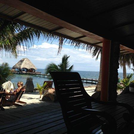 Robert's Grove Beach Resort: Lounge