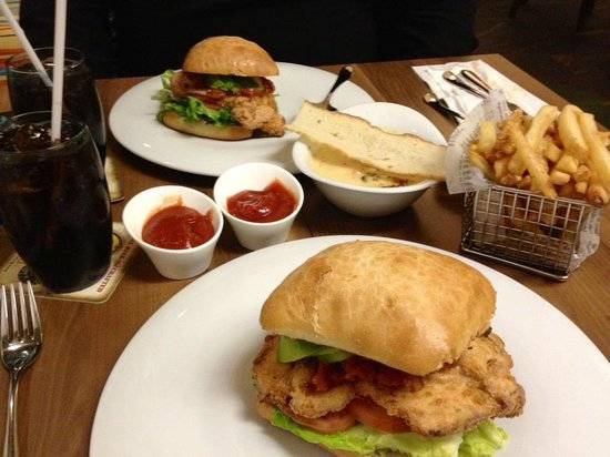Water's Edge Resto Bar Grill: Awesome Chicken Tomato and Avocado Sandwiches