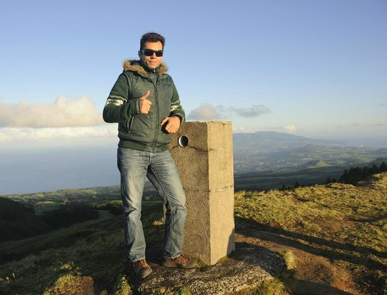 Greenzone Azores: Our wonderful guide Edwardo at the highest point on the island