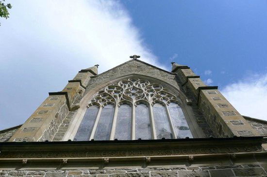 Christ Church Cathedral: big windows