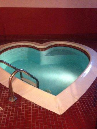Pocono Palace Resort : Heated pool