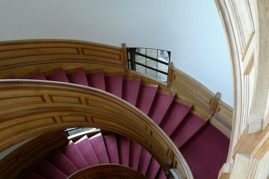 Legislative Assembly Building: that stair again