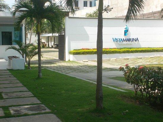 Vistamarina Casa Hotel: la entrada