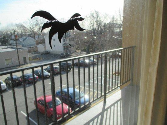 Howard Johnson Inn Clifton NJ: Balcony