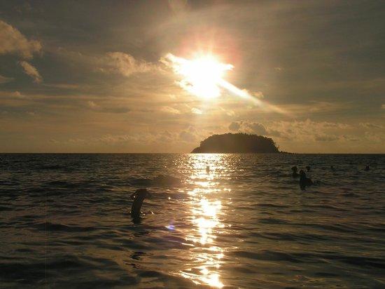 Kata Beach : Закат