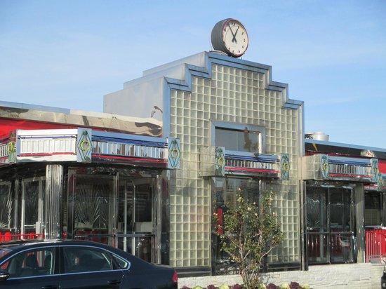Tick Tock Diner - Exterior