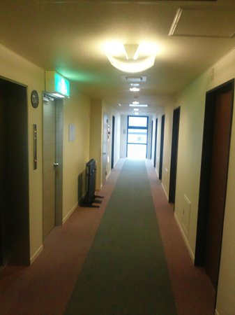 Fujieda Tomari: 廊下
