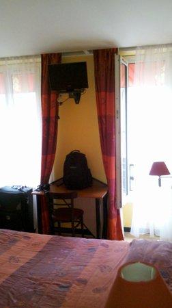 Hotel St. Georges Lafayette: habitacion