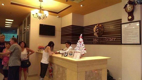 Little Saigon Corner Boutique Hotel: Lobby Area