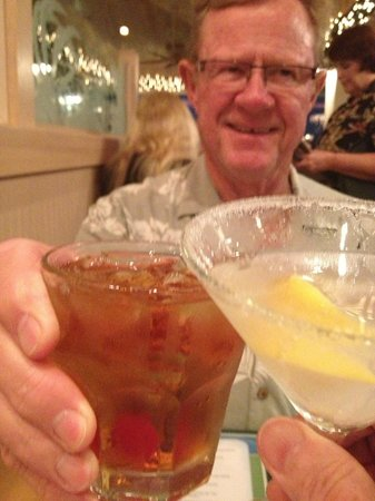 Gulf View Grill: Toasting with a Manhatten & a Lemon Drop Martini