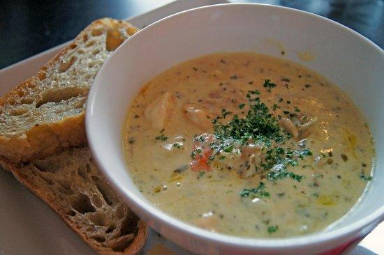 Starfish Cafe and Bar: chowder