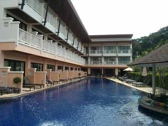 Srisuksant Resort: Nice pool