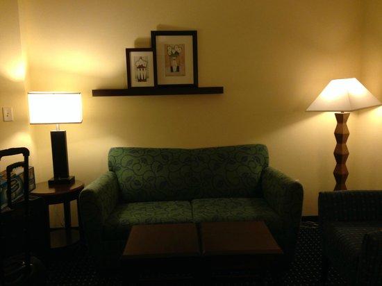 SpringHill Suites Portland Vancouver: Suite area