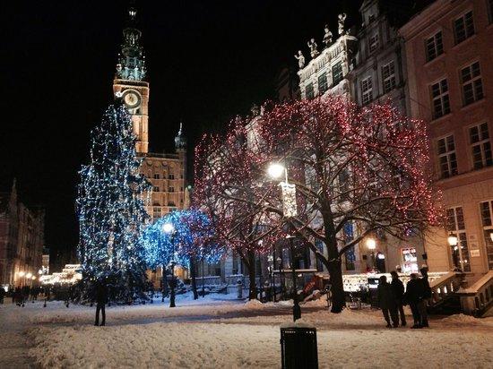 Dluga Street (ul. Dluga): Dluga i desember :)
