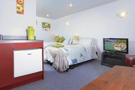 Anchor Down Bed & Breakfast: Triple Room/Private bathroom