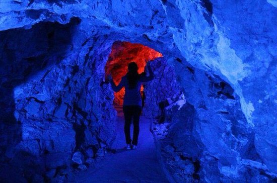 Grand Canyon Caverns: Towards the end of our tour