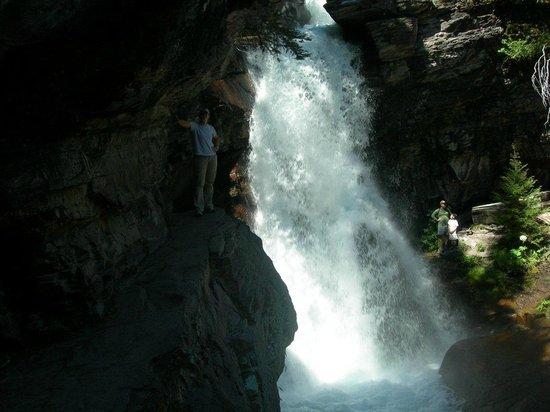 Baring Falls: right up there