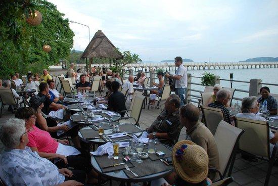 Mamma Mia Grill & Restaurant Rawai: Just next to the Andaman Sea - Mamma Mia Rawai