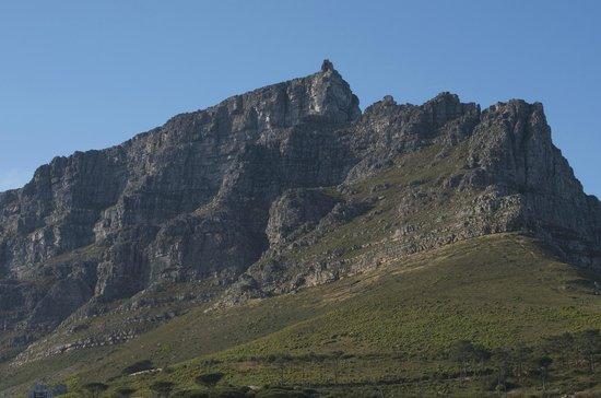 129 on Kloof Nek: Table mountain
