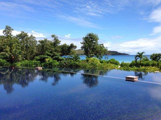 Raffles Seychelles: Main pool