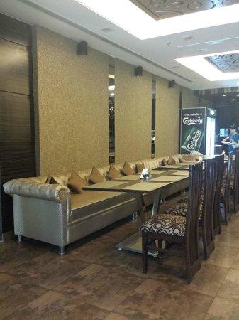 Hotel Metro View: restaurant / buffet breakfast area