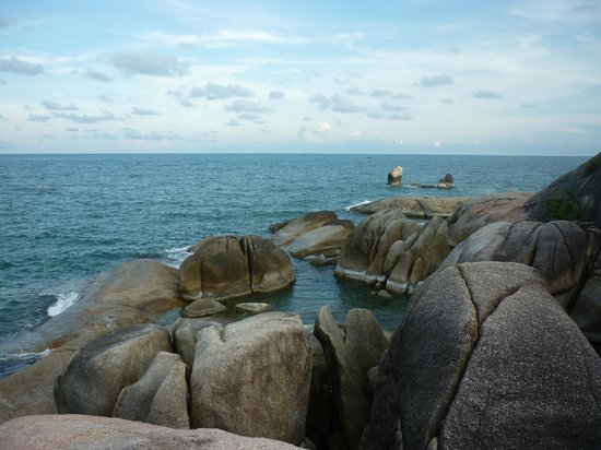 Grandmother and Grandfather Rocks (Hin Yai & Hin Ta) : Вид на камни