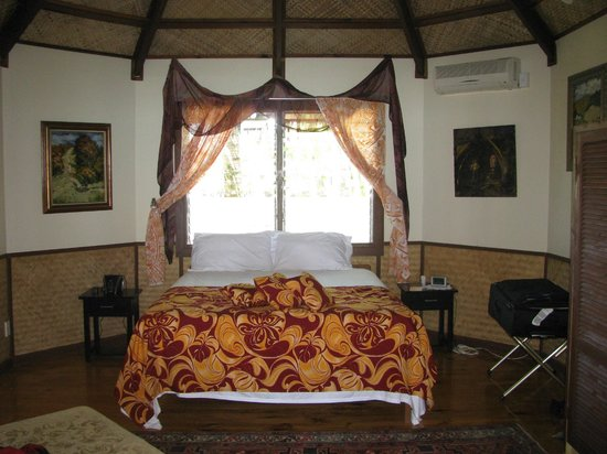 Le Vasa Resort: One room in the villa