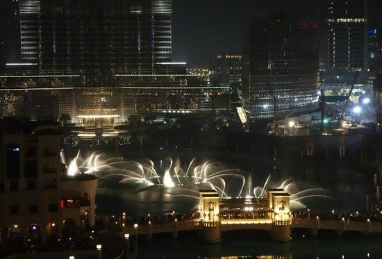 The Address Downtown Dubai : Fountain view from 11th floor