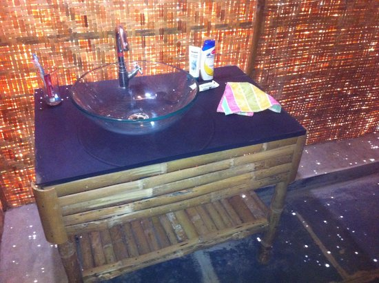 Tutti Garden Bungalows: The beautiful washing basin in bathroom, probably i choosed the room because of this!