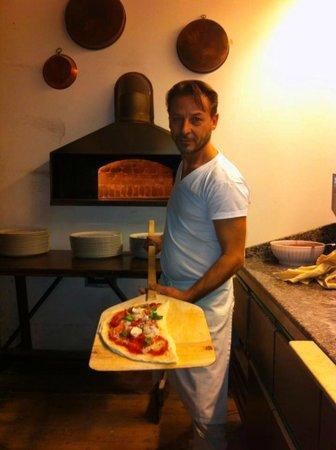 Sciuè Sciuè: Peppino Lauro maestro pizzaiolo