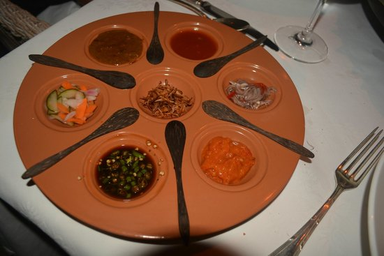 The Oberoi Bali : Different spices for our dinner