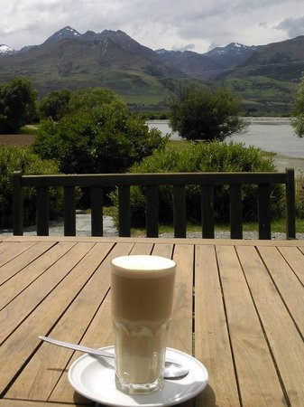 Kinloch Lodge: Coffee with a view