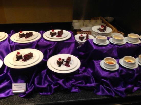 Club Med Phuket: Desserts at The Mamuang restaurant