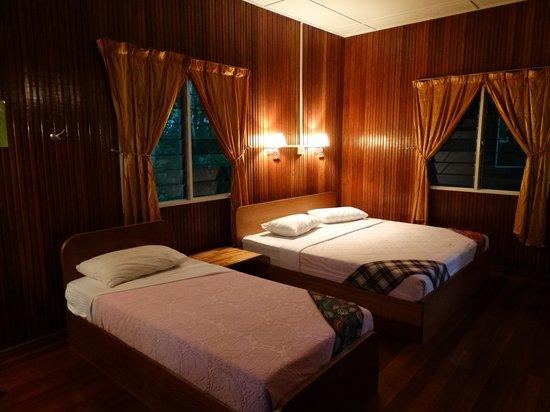 Kinabatangan Riverside Lodge: Our lodge.