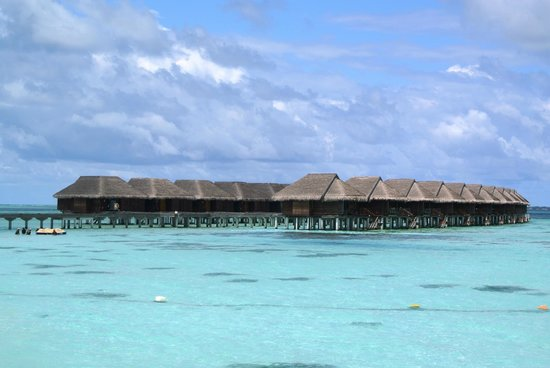 LUX* South Ari Atoll: Overwater bungallows