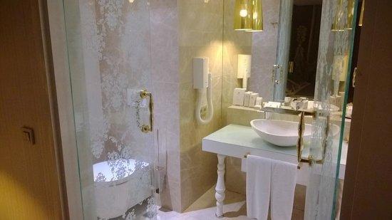 La Boutique Hotel Antalya : bath room