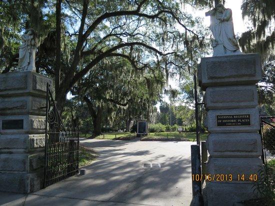 Bonaventure Cemetery: Entance.