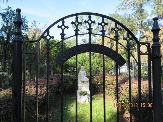 Bonaventure Cemetery: Gracie Watson.
