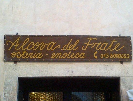 Alcova Del Frate: entrata